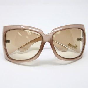NWOT Authentic Gucci Sunglasses